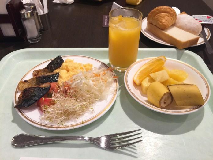 mitsui-garden-hotel-sarapan
