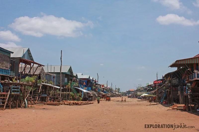 Kampong Phluk street