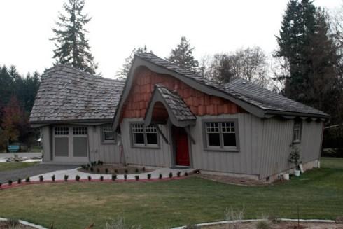 14557nkitsapWEB-Hobbit-house