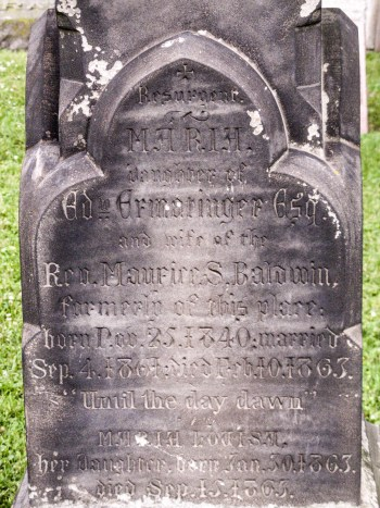 Old St. Thomas Cemetery Grave