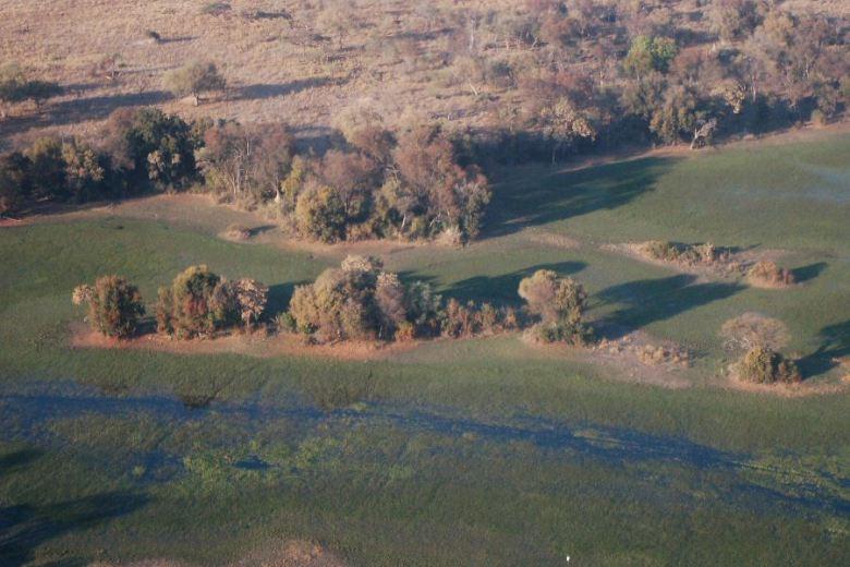 Botswana Okavango - ExplorationVacation - 2005-09-19_10-28-39 aerial