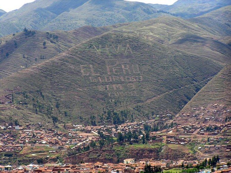 Cuzco Peru - ExplorationVacation P1010061%20hillside%20graffiti