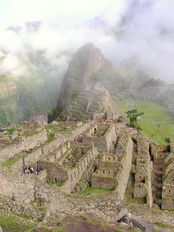 Machu Picchu Peru - ExplorationVacation P1010088