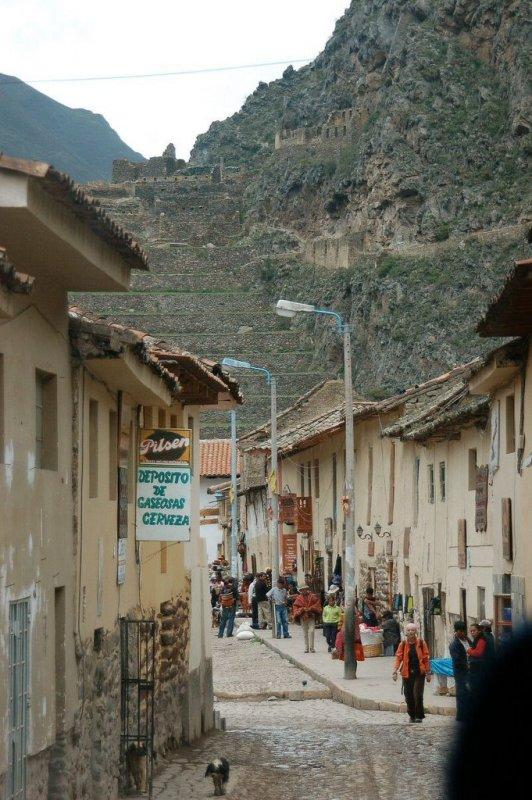 Ollantaytambo Peru - ExplorationVacation 2005-12-30_10_46_17