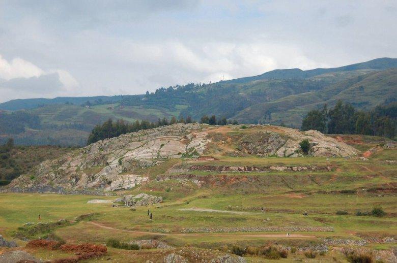 Sacsayhuaman Cuzco Peru - ExplorationVacation 2005-12-29_09_33_48