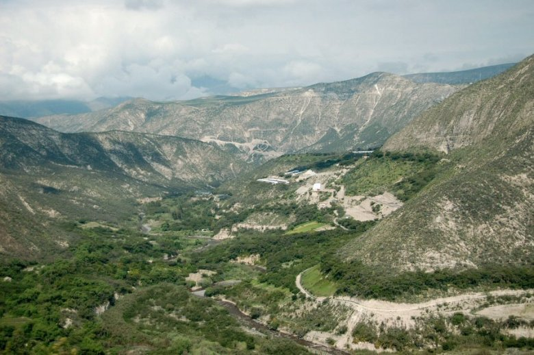 north of Quito Ecuador -ExplorationVacation 2006-01-03_09_40_22