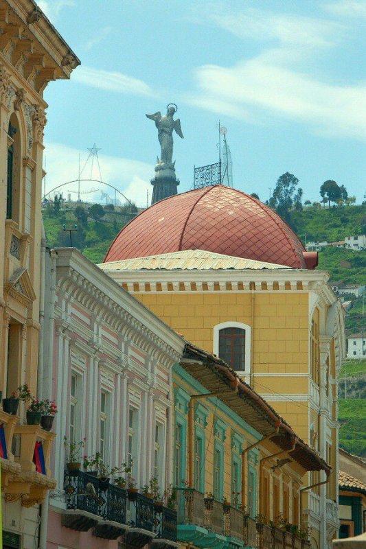Quito Ecuador - ExplorationVacation2006-01-08_12_00_44_0