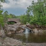 Along the 7 Bridges Road in Duluth Minnesota - ExplorationVacati