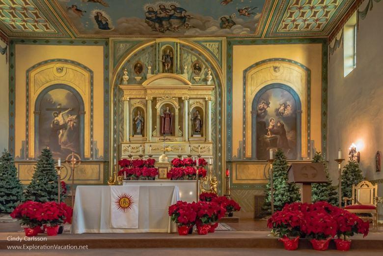 interior Mission Santa Clara de Asís