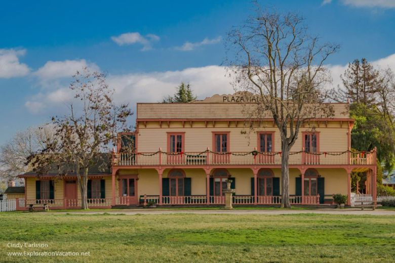 Zanetta House Plaza Hall San Juan Bautista