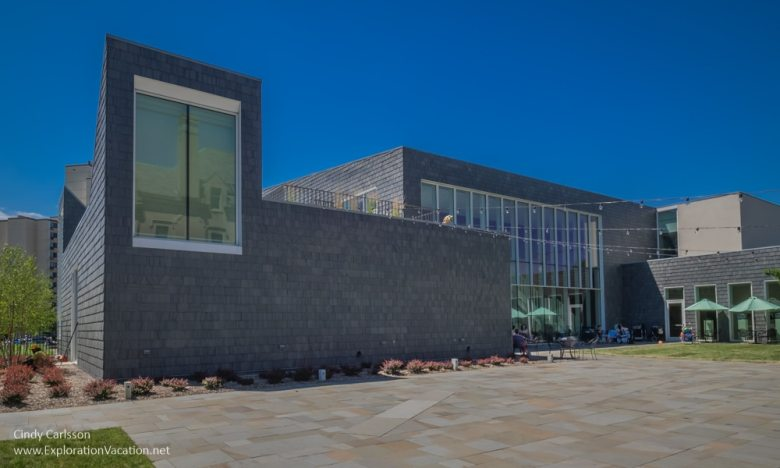 cultural center American Swedish Institute Minneapolis Minnesota - ExplorationVacation.net