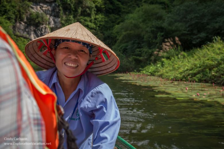 boat driver Trang An Vietnam - www.ExplorationVacation.net