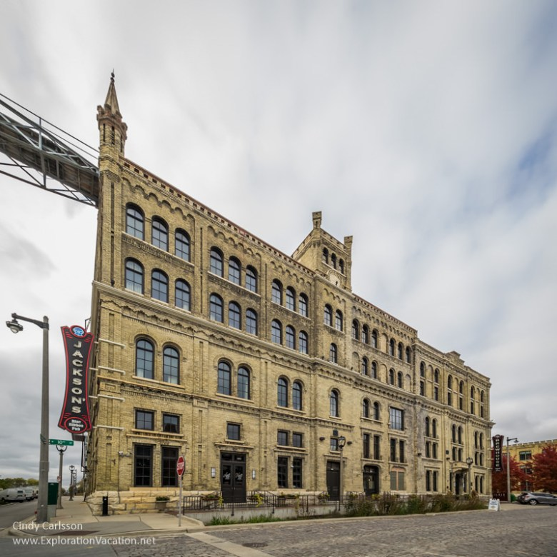 Brewhouse Inn Milwaukee Wisconsin - www.Explorationvacation.net
