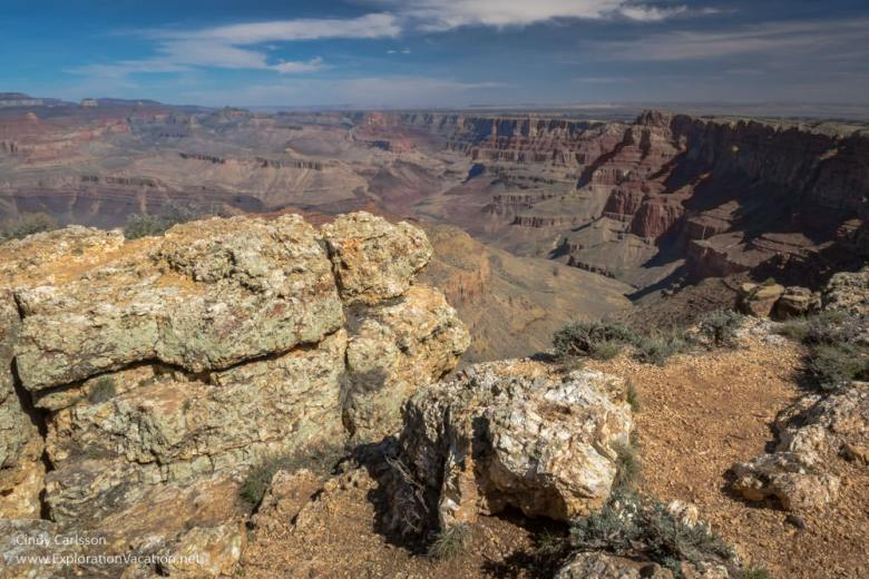 Scenic views from the Grand Canyon's south rim - Navajo Point - www.ExplorationVacation.net