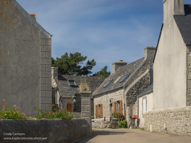 vilage in Brittany France - www.ExplorationVacation.net