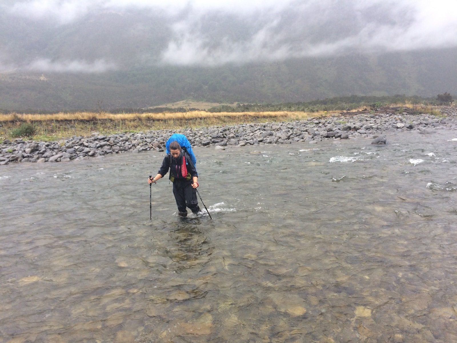 Flussdurchquerung Te Araroa Neuseeland Fernwanderung