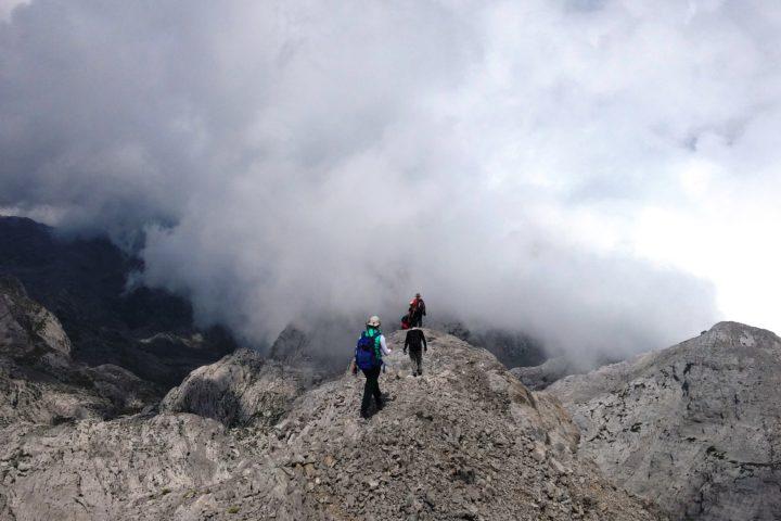 Maja e Radohimës is 2.570 m