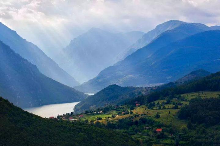 NP Tara, Lake Zaovine