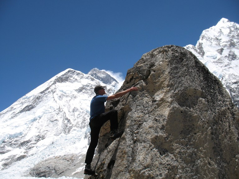 Everest, Base Camp, bouldering