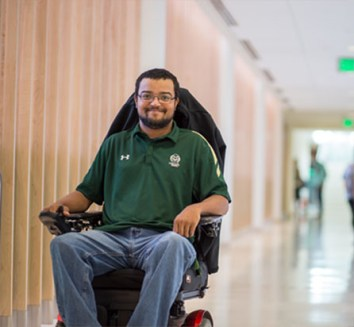 male student using wheelchair