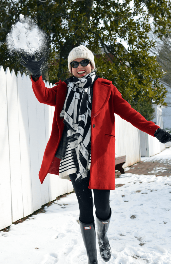 wearing-hunter-boots-in-the-snow