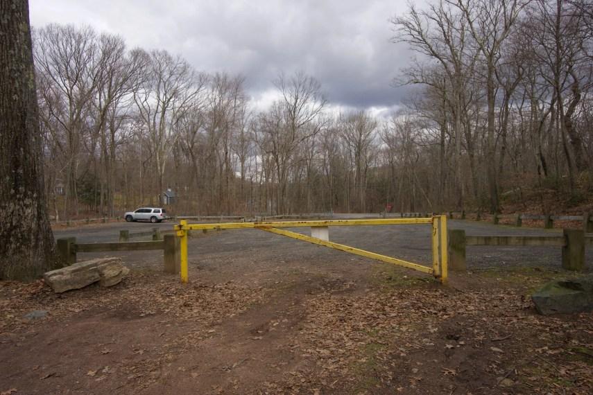 Millers Pond Parking
