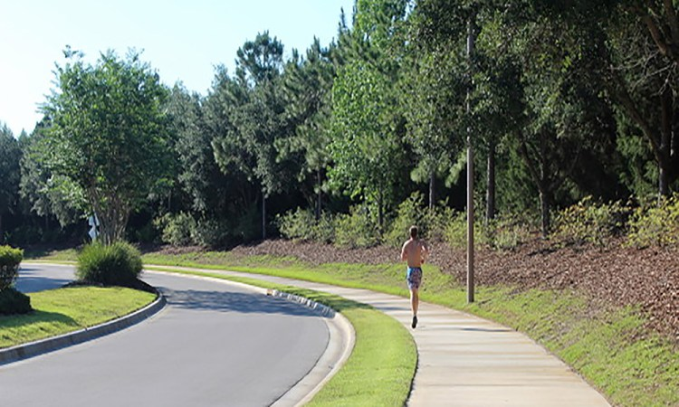 Country Club East Jogger