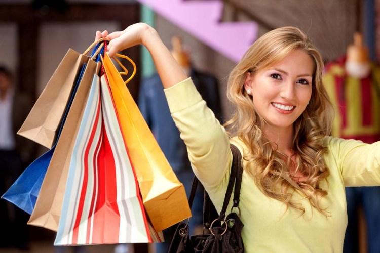 Explore Lakewood Ranch woman shopping at UTC