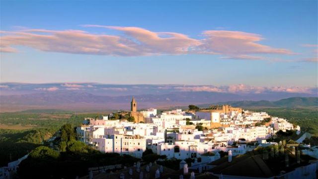 Vejer de la frontera vistas estatua Jesús panoramic pueblo blanco Cádiz Explore la Tierra