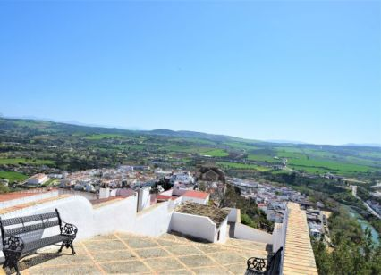 view point vistas balcon arcos de la frontera pueblo blanco white village Cadiz Explore la Tierra