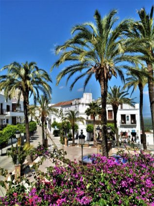 Plaza de España Vejer de la Frontera Califa Cádiz