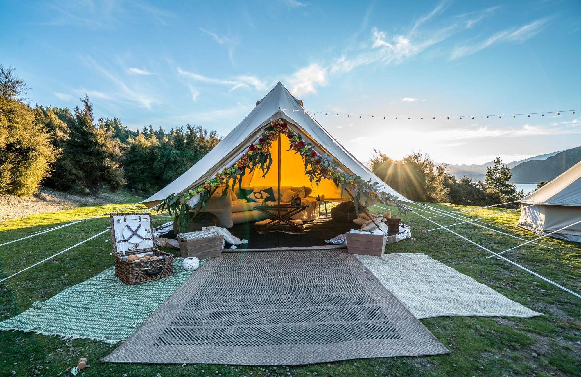 explore life glamping - luxury tent hire