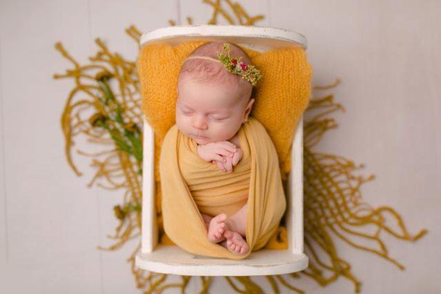 Prima-ședință-foto-profesională-din-viața-bebelușului