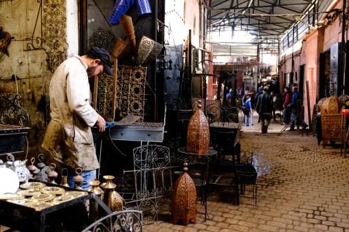 Diverse Produkte werden direkt in den Souks produziert