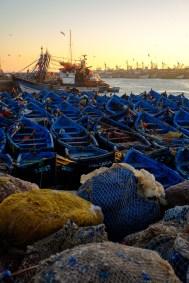 Typisch sind die vielen Fischerboote im Hafen von Essaouira