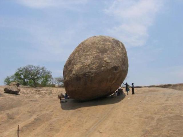 Krishna butter ball at Mahabalipuram
