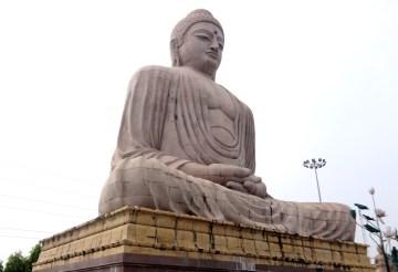 80 feet statue of Buddha