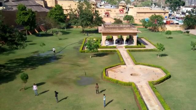 Amer Fort garden