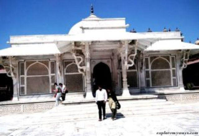 Tomb of Sheikh Salim Chishti