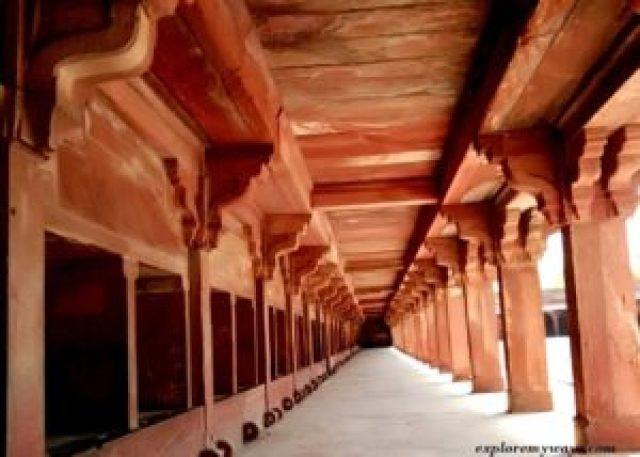 Akbars Pferdestall