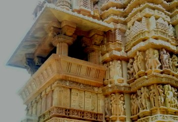 Travel guide to Khajuraho temples, architecture