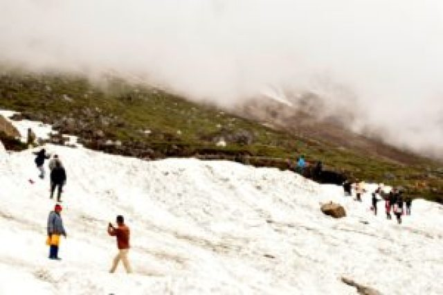 Snow at Zero point, yumthang