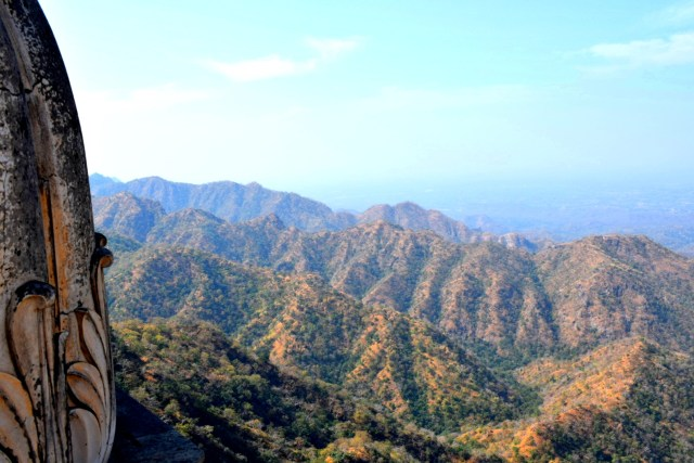 Aravali range from the top of Kumbhalgarh Fort