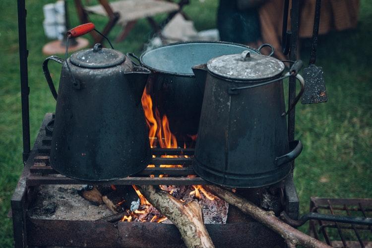 cuisine extérieur feu de bois