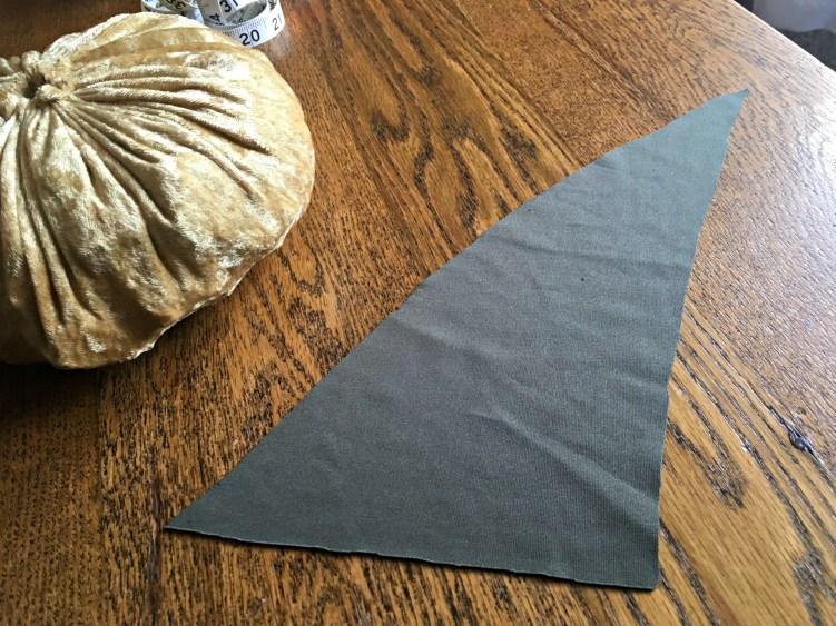 Easy DIY Pumpkin decor - stem triangle
