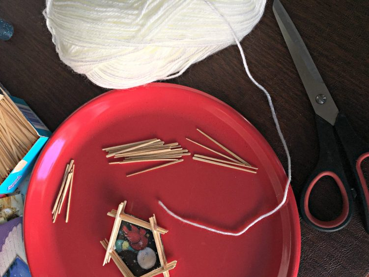 Kids' DIY Christmas Tree Ornament yarn