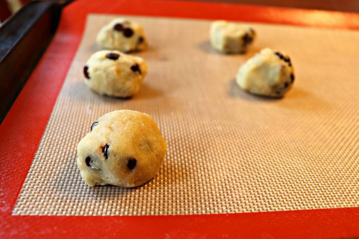 Best keto chocolate chip cookies, dough balls