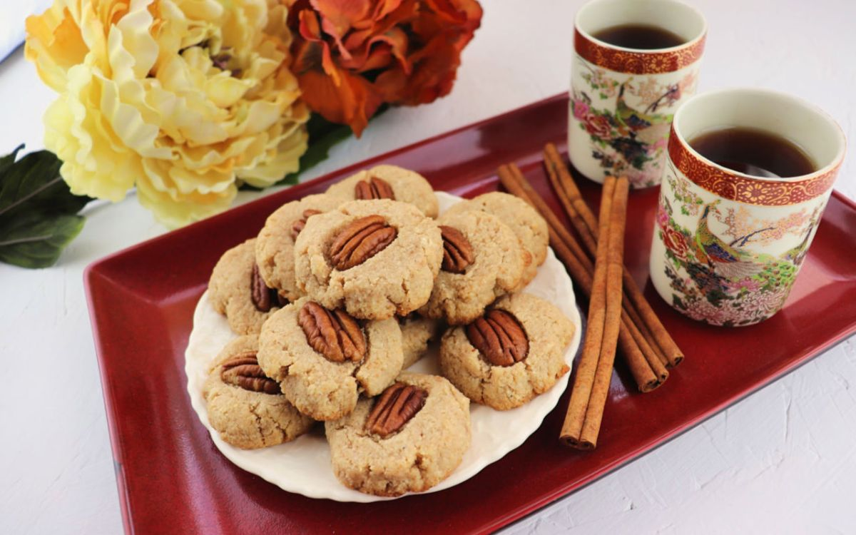 Low Carb Cinnamon Pecan Cookies