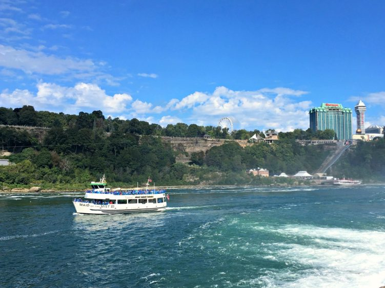 Niagara Falls Maid of the Mist boat tour. #operationusparks #explorermomma