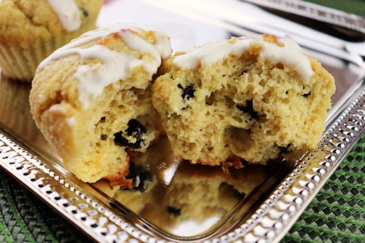 Inside the cranberry orange low carb breakfast muffin #cranberrymuffin #lowcarbcranberry